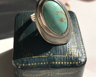 Vintage modernist turquoise and sterling silver ring | oval geometric | Native American southwest statement ring | blue stone  | size 5 1/4