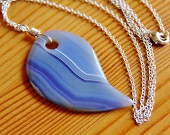SALE Blue Agate pendant necklace, agate necklace, leaf pendant, big stone pendant, blue necklace, big bold necklace, big chunky necklace