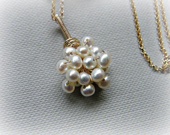 Dainty pearl necklace, white pearl cluster necklace, wedding necklace, freshwater pearl gold necklace, natural pearl bridal necklace