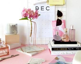 Cubicle decor, rustic vase flower, minimalist vases, hygge vase, cubicle gifts, cubicle accessory, single flower vase, modern bud vase