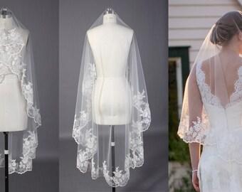 Juli Bridal-- Classic lace Veil No.8