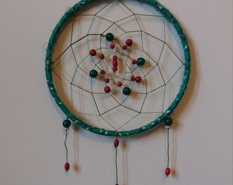 Green and red dreamcatcher