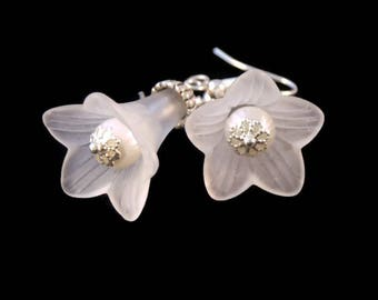 White lucite flower earrings, lucite flower earrings,  sterling silver, white lucite earrings, statement earrings, flower earrings.