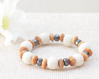 Aromtherapy bracelet, Diffuser bracelet, Natural stone bracelet, Essential oil bracelet, White beaded bracelet, Lava rock bracelet, Gift