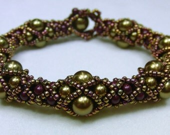 Undulating Tubular Netting Bracelet