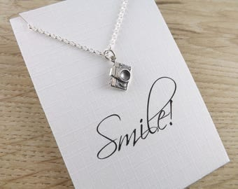 Sterling silver camera necklace~camera necklace~inspirational jewellery~photographer gift~charm jewellery~charm necklace~silver jewellery