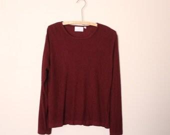 Burgundy boucle textured sweater sz M-L