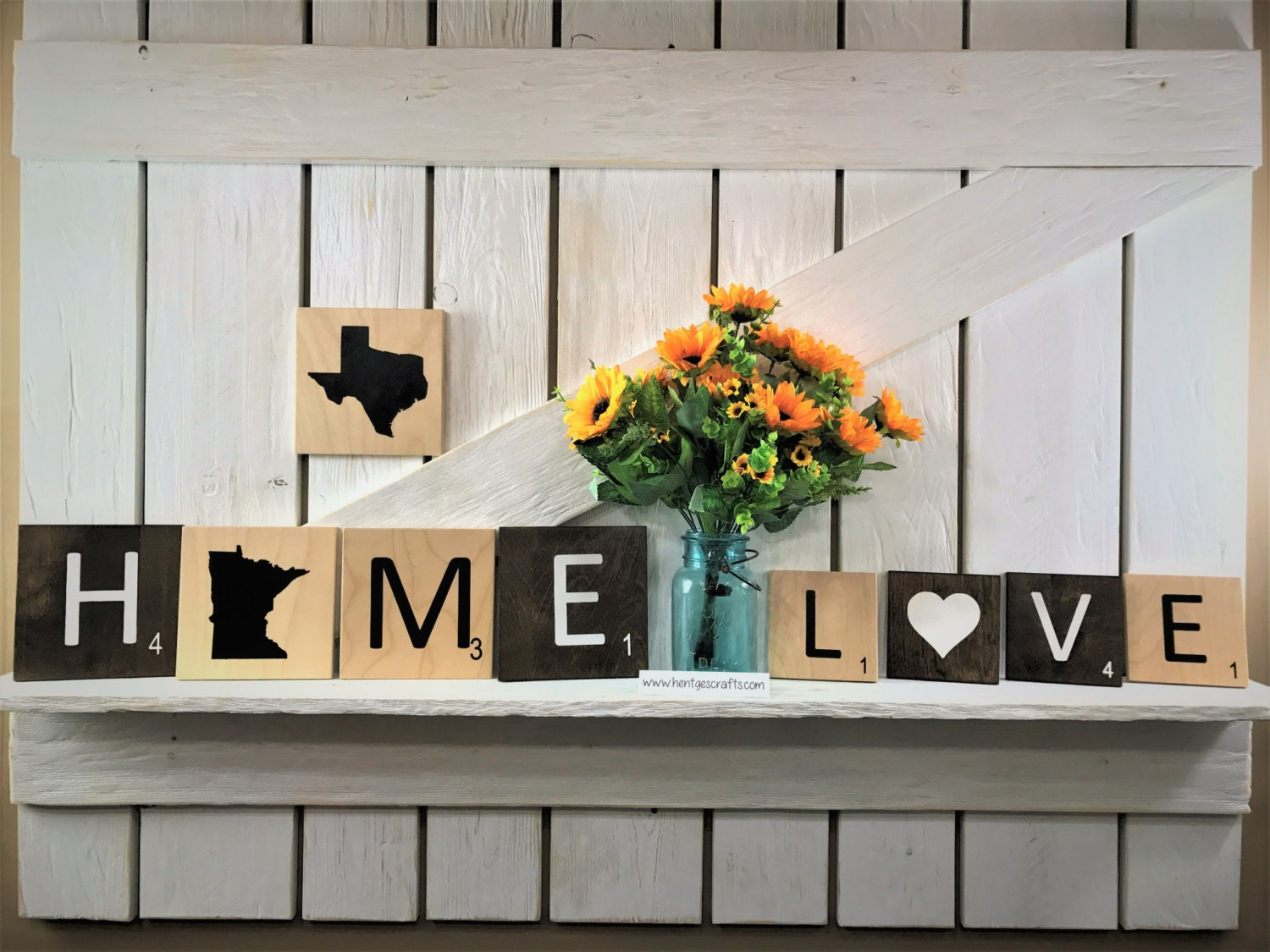 Large scrabble tile letters free shipping on orders of 5 or for Decoration murale scrabble