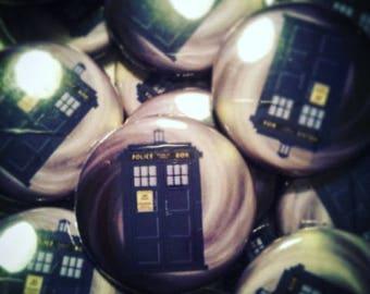 Tardis Doctor who 25mm Badge