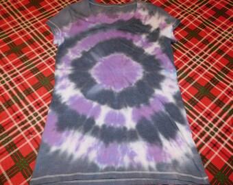 hand dyed tie dye women's size medium t-shirt, hippie, junior fit, size 7-9