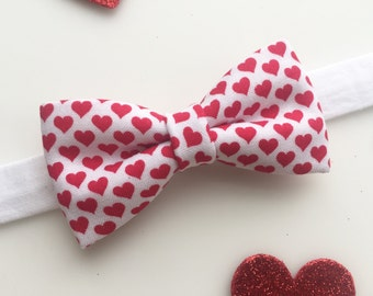 Valentine's Day Bow tie. Heart bow tie. Vday bow tie.