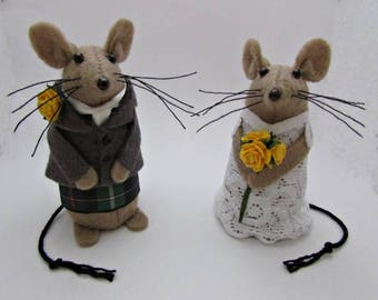 Felt Scottish Wedding Mice - Mouse Wedding Cake Topper - Handmade Bride & Groom Mice - Mouse - FULLY CUSTOMISABLE