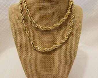 Unique Vintage Gold & Pearl Necklace (Damaged)