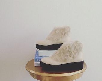 Faux fur buttercream vegan leather KAWAII platform/flatform zip-up booties