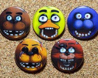 Five Nights At Freddy's Button Set - Freddy Fazbear, Chica, Bonnie, Foxy & Golden Freddy - FNAF