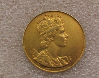 1953 Queen Elizabeth II Coronation Souvenir Medallion