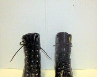 sz 10 D vintage black leather LAREDO lace up granny combat boots