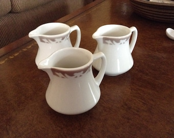 Syracuse China SY925 Pattern Creamy White With Brown Scrolls Small Creamer or Syrup Pitcher