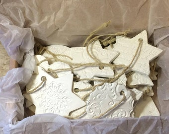 Box of 20 different clay Christmas ornaments, Christmas tree, gift tags, Home decor