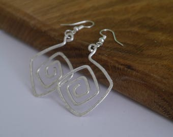 Handmade Silver Plated Hammered Wire Earrings