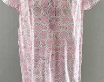 Nightgown 60er70er years pink white flower pattern cute Nightgown