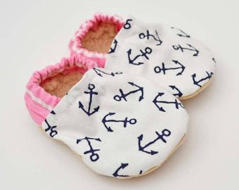Nautical Baby booties, baby moccs, baby mocassins, toddler shoes, soft soled shoes, Nautical Baby Shower Gift, Nautical Crib Shoe / Anchors