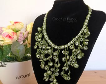 Beaded green bib necklace, Turkish oya, Crochet jewelry, Gift for her