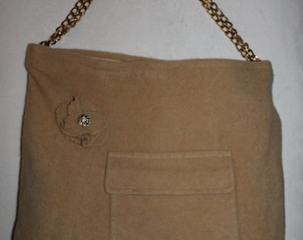 Large Camel's Hair bag with gold chain shoulder strap
