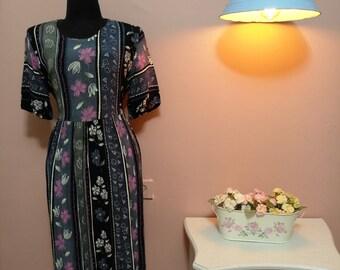 Vintage floral dress  Etsy