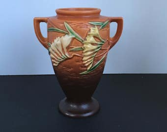 Roseville Pottery Freesia Trial Glaze Vase 121-8, Double Handle Vase