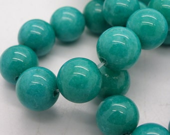 41 Malaysia 10 mm a beautiful blue emerald green jade beads