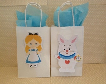 Alice in Wonderland Party Bags with Handles - Set of 10