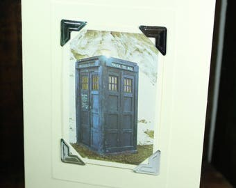 Greetings card decorated with vintage 1976 Doctor Who Typhoo Card #3 - Tardis