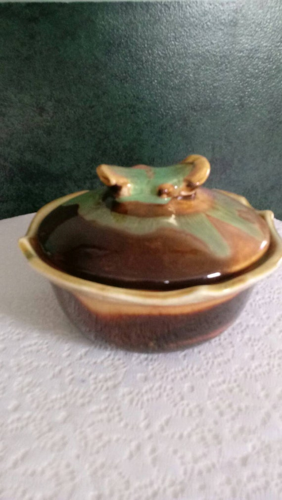 RF 60 Maurice of Cali Lidded Dish
