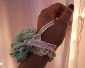 Mint Green Corsage and Boutonniere Set