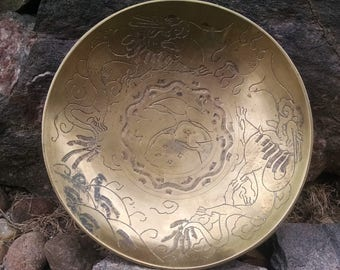 1930s Chinese Asian art dragon themed brass bowl