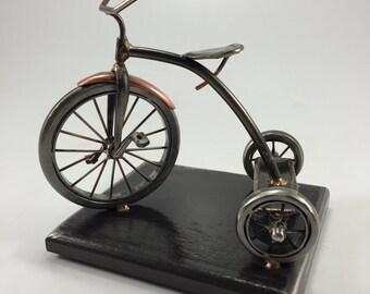 Radio flyer (ish) vintage tricycle metal sculpture