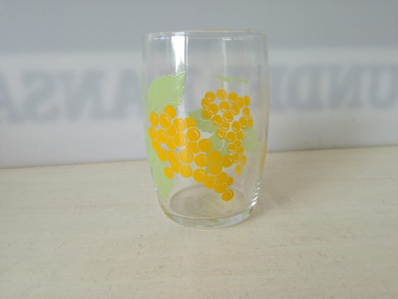 Fruit Glas, grapes (multiple available)