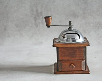 Vintage coffee grinder, wooden coffee grinder, manual grinder