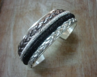 Metal bracelet with leather metallic silver holidays braided bangle cuff silver base