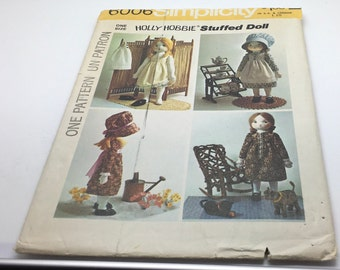 "Simplicity Sewing Pattern 6006 Holly Hobbie Stuffed Doll Rag Doll 20 "" And Wardrobe Dress Pinafore Slip Bloomers Bonnet Shoes New Uncut 1973"