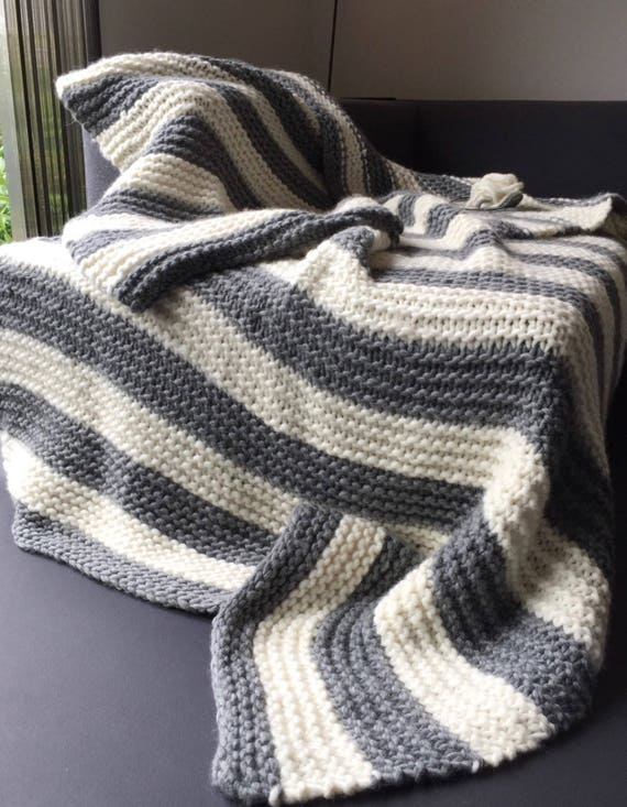 Summer sale! -20% Chunky knit blanket. Made with Norwegian wool. Warm, soft and fluffy in natural grey and white stripes. Full sized.
