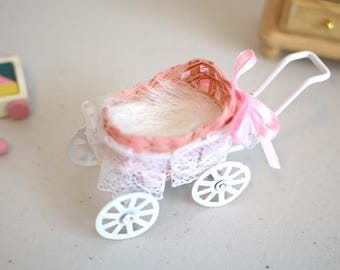 Dollhouse Miniature Infant Carriage