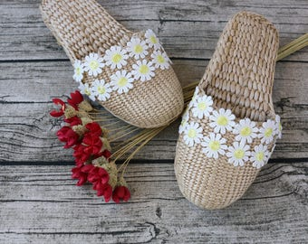 PLAIN slippers WITHOUT any accessories/rustic handwoven shoes/Wholesales bulk/elegant slippers/wedding gift/house shoes/GrasShanghai