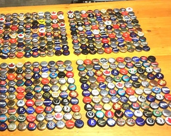Mix lot 100 Canadian Beer Caps from 80's 90's 2000's .Different Styles Designs no dents random