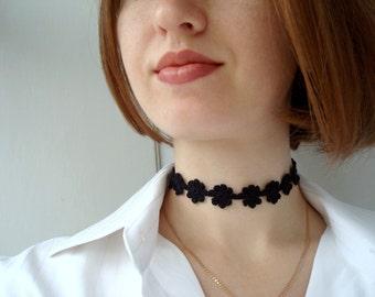 X-mas SALE 25% off Crochet choker, Flower choker necklace