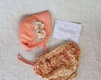 Bonnet Hat Set - Bloomers Set - Baby Girl Clothing - Peach - Linen