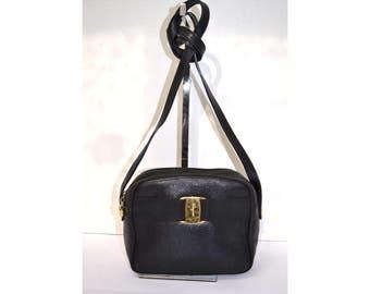 Salvatore Ferragamo Small Messenger Crossbody Bag Shoulder Lizard Black Vara Vintage