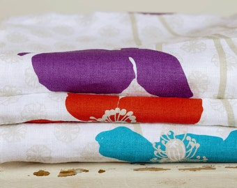 Linen Tea Towel Set, 3 Poppies Tea Towels, Mothers Day, Housewarming, Linen Tea Towels, Kitchen Linen Towels, Christmas, Red, Aqua, Purple