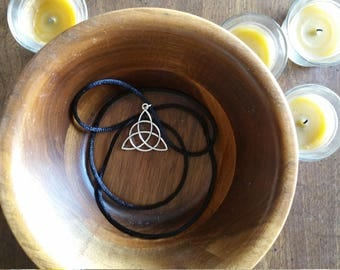 Celtic Triquetra Necklace - Wiccan, wicca, pagan, spell, silver, brass, copper, jewelry, festive, season, halloween, witch, cord, silk